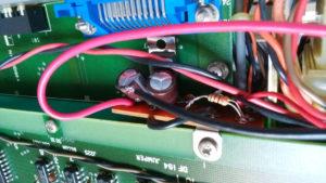 NF DF-194A でDCファンを動かすために追加した12Vレギュレータ回路