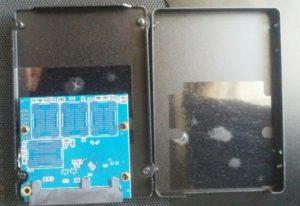 シリコンパワー SSD 512GBの中身